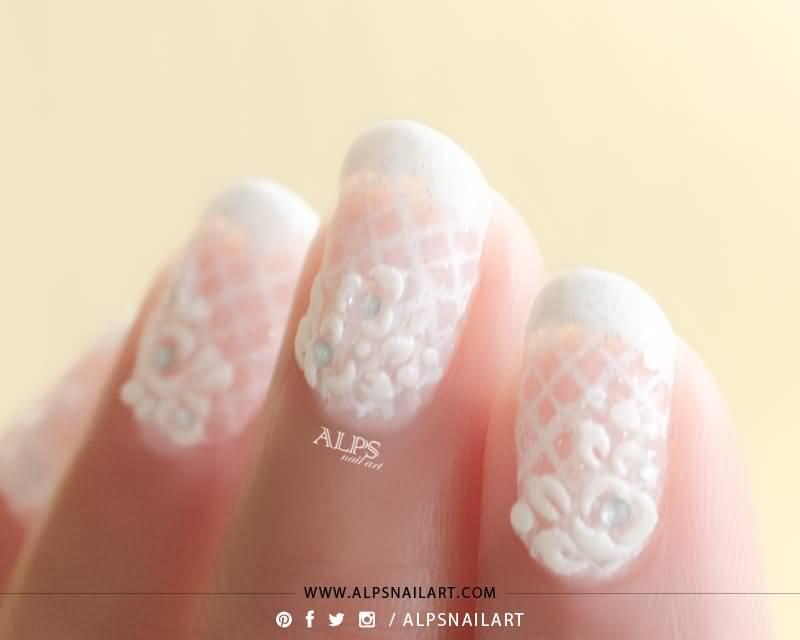 35+ Most Beautiful Wedding Lace Nail Art Designs