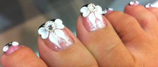 3d White Flowers Wedding Toe Nail Art