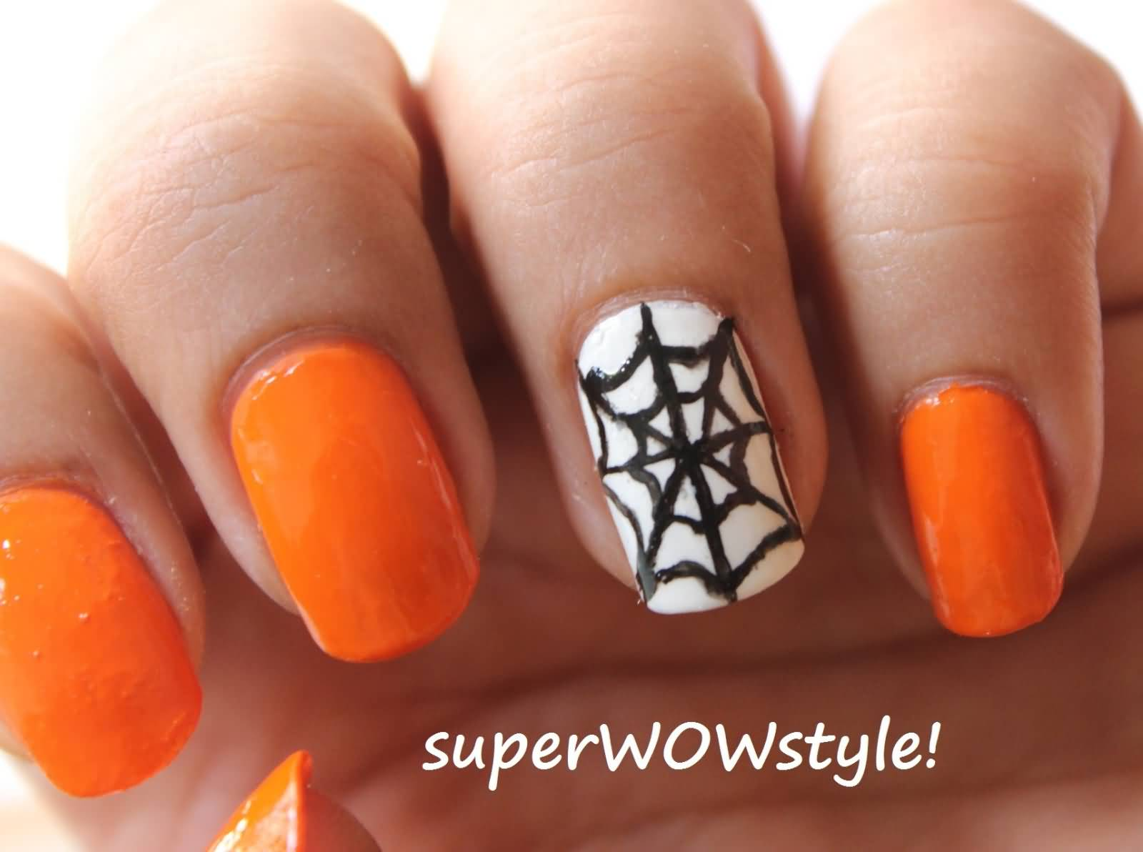 accent spider web halloween nail art
