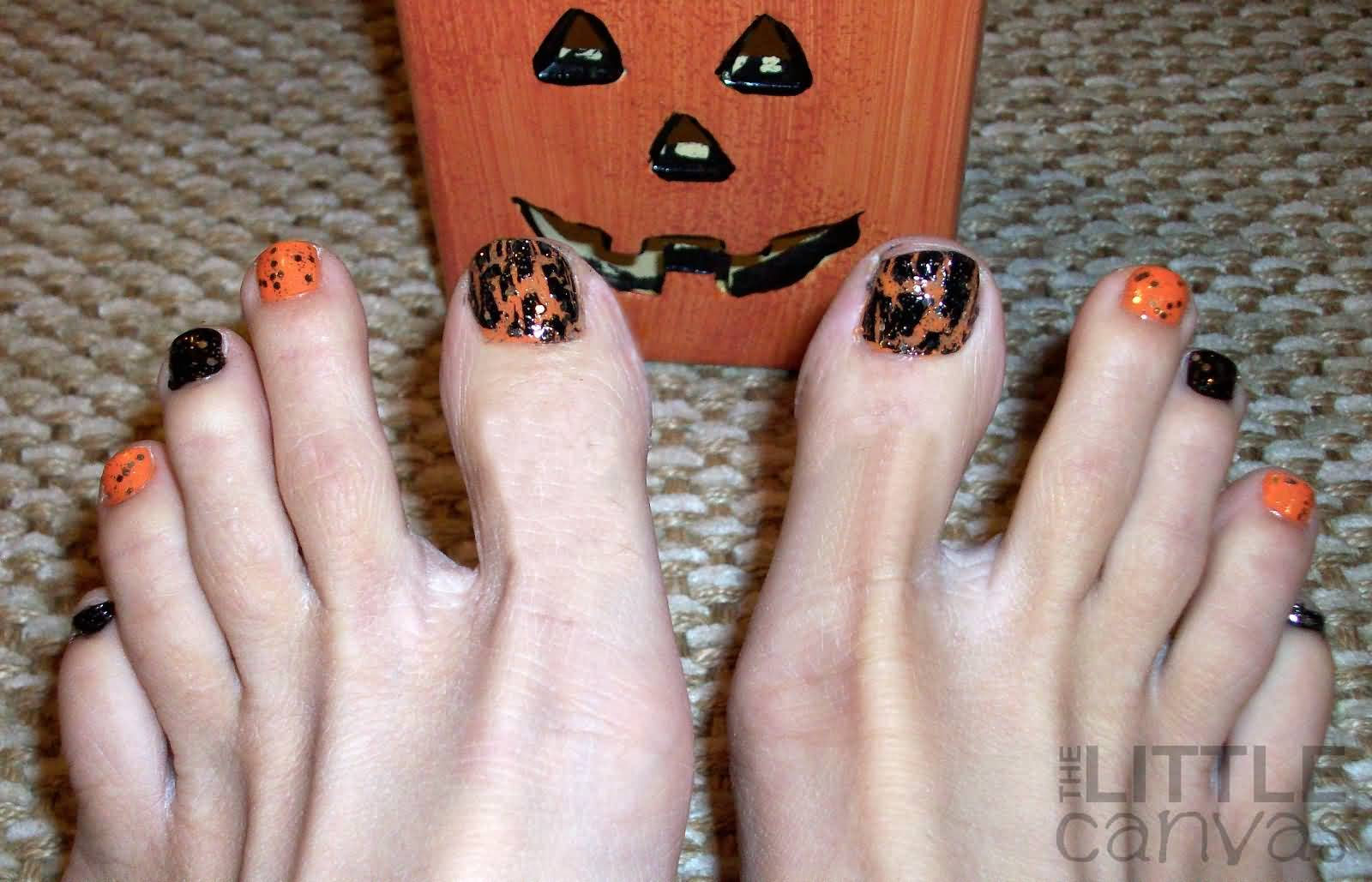25 best halloween toe nail art designs beautiful halloween toe nail art design prinsesfo Image collections