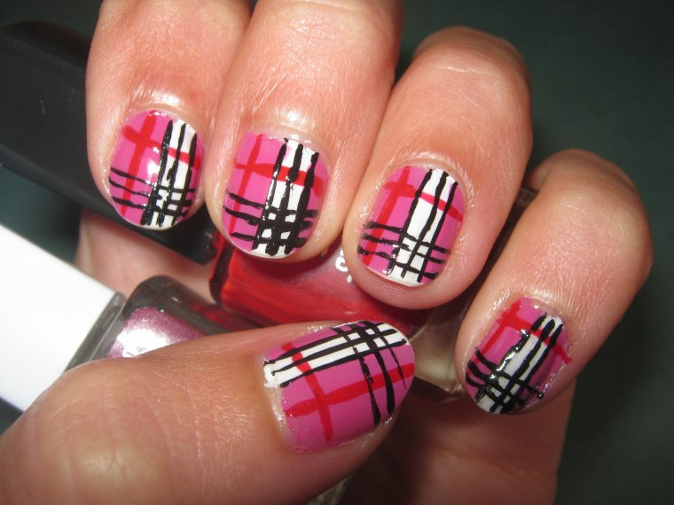 Beautiful Pink Burberry Nail Art