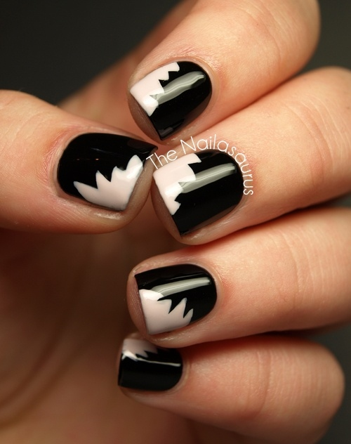 Black And White Beautiful Design Nail Art For Short Nails