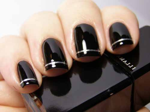 Black Glossy Nails With Silver Strip Design Ideas