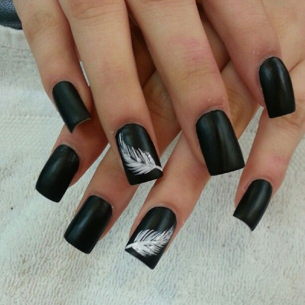 Black Nails With White Feather Nail Art Design Idea - 55 Latest Black Nail Art Design Ideas