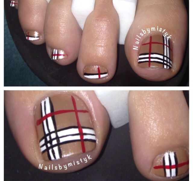burberry nail art for toe