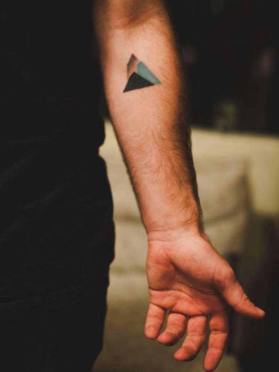 25+ Mountain Tattoos On Forearm