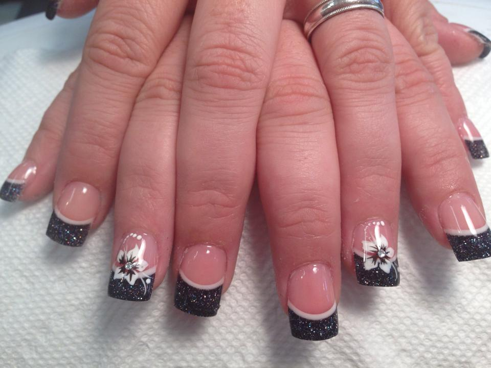 Nails Art: 45 Cool Black French Tip Nail Art Designs For Trendy Girls