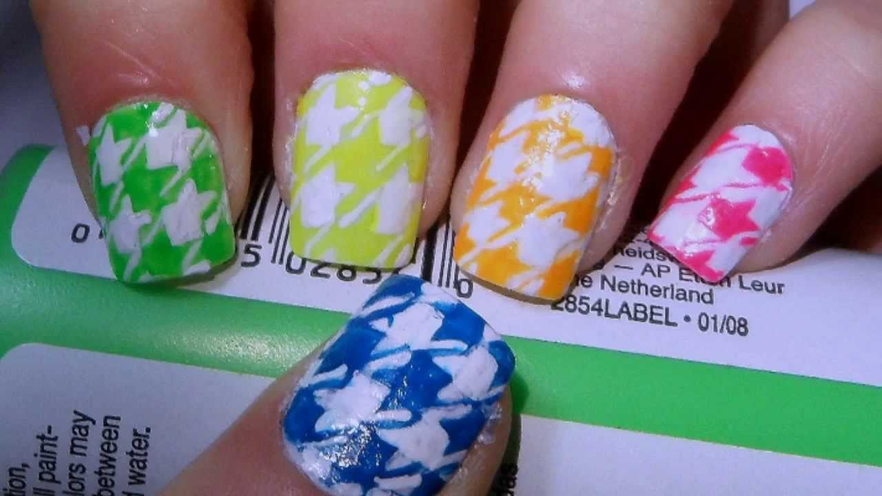 55+ Cool Houndstooth Nail Art Designs