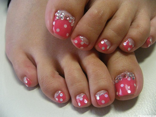 Pink And White Polka Dots Wedding Toe Nail Art With Rhinestones Design
