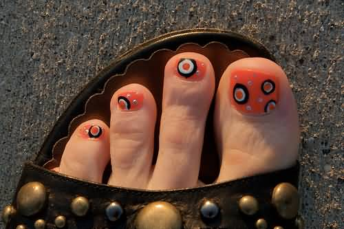 Halloween toe nail art ideas halloween toe nails nail designs best halloween toe nail art designs prinsesfo Image collections