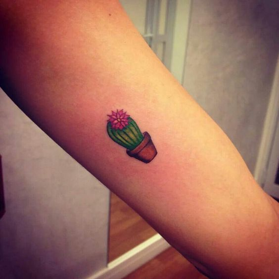 1000 ideas about cactus tattoo on pinterest tattoos succulent tattoo and desert tattoo. Black Bedroom Furniture Sets. Home Design Ideas