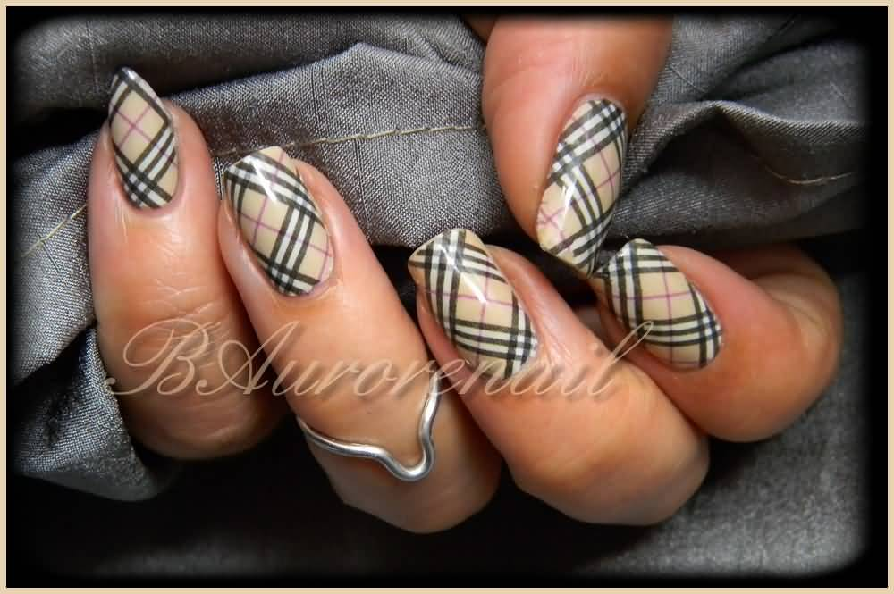 Water Decal Integral Burberry Nail Design