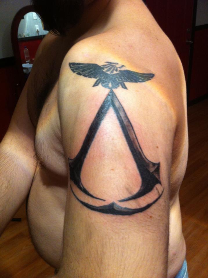 Знак ассасинов тату