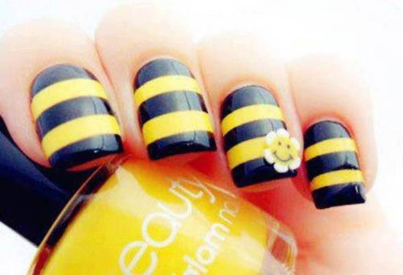 25 beautiful stripes design nail art ideas black and yellow stripes nail art 3d smiley flower design prinsesfo Image collections