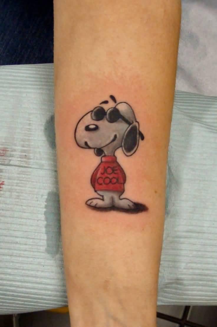 8 Snoopy Tattoo Designs