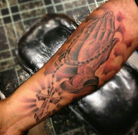 rosary praying hands catholic tattoo on forearm. Black Bedroom Furniture Sets. Home Design Ideas