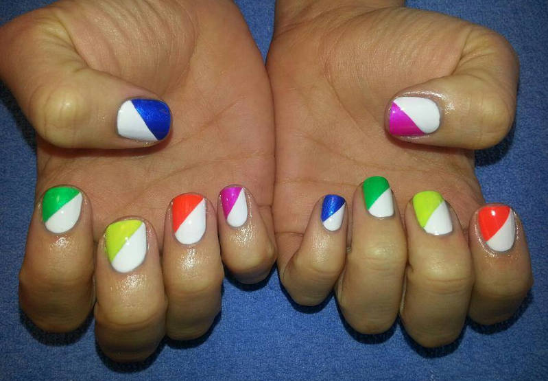 White And Multicolor Diagonal Pattern Nail Art Design Idea - 50 Latest Multicolor Nail Art Designs