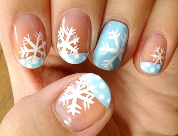 Blue And White Snowflakes Design Winter Nail Art