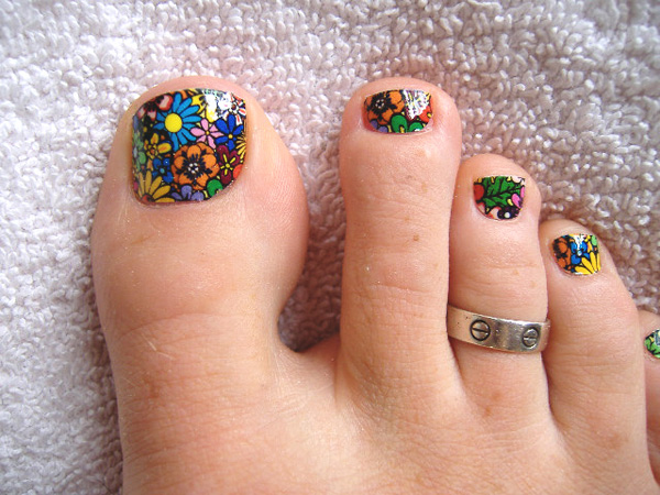 Colorful flowers nail art for toe prinsesfo Gallery
