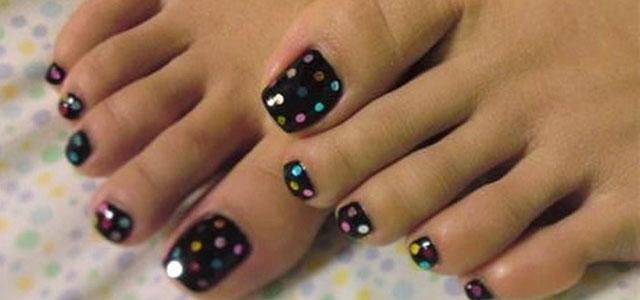 55 latest toe nail art designs colorful polka dots and black toe nail art prinsesfo Images