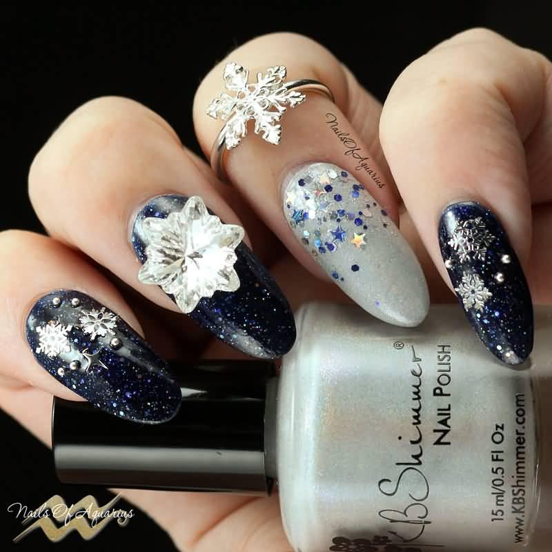 60+ Best Winter Nail Art Design Ideas For Trendy Girls