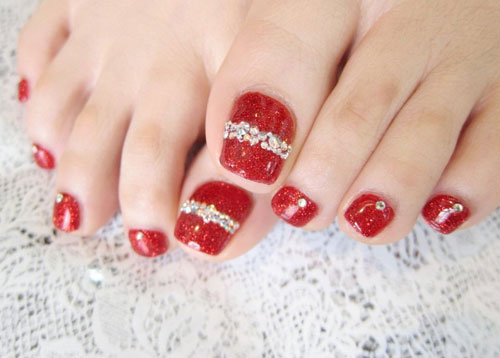55 latest toe nail art designs red nails with glitter stripes design toe nail art prinsesfo Image collections