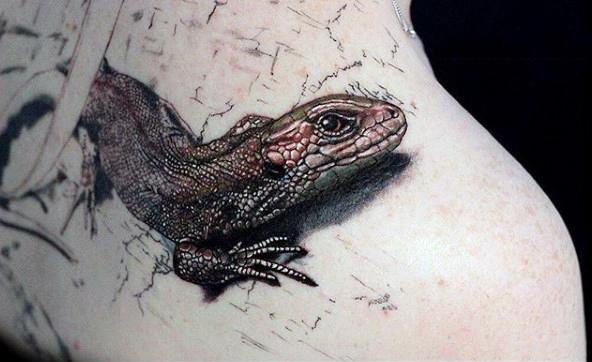 a9dd9b2fb 3D Reptile Lizard With Scaly Skin Tattoo