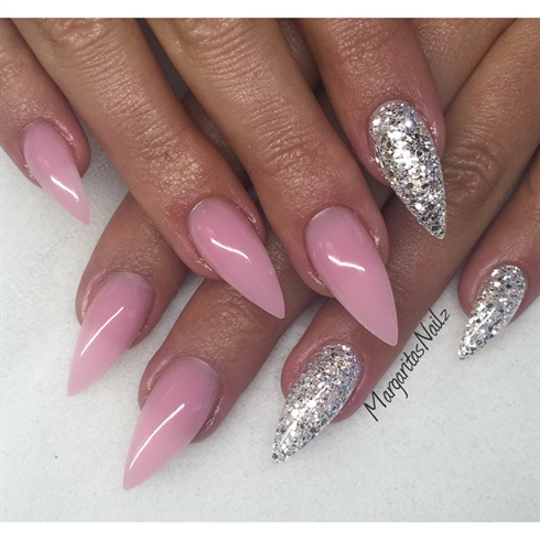 42 Most Beautiful Pink Stiletto Nail Art Design Ideas For Teen Girls
