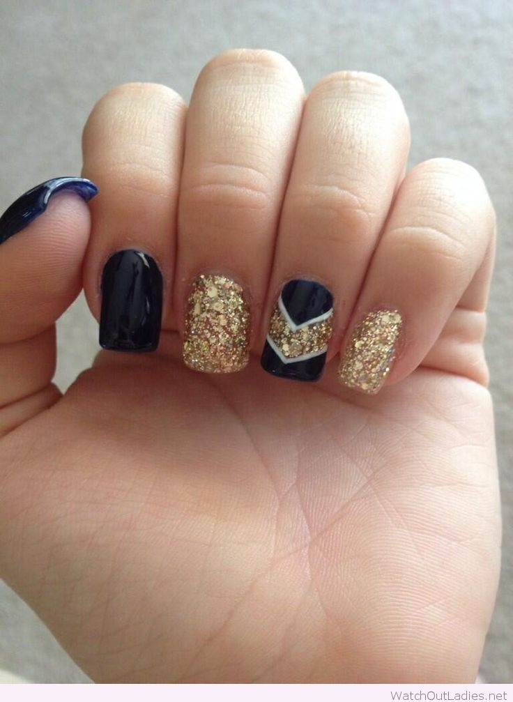 Black And Gold Glitter Nail Art Design - 60 Most Beautiful Glitter Nail Art Ideas