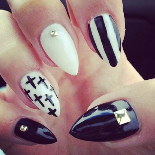 Black and white pointy nail designs gallery nail art and nail 57 most beautiful stiletto nail art design ideas black and white stiletto nail art with gold prinsesfo Choice Image