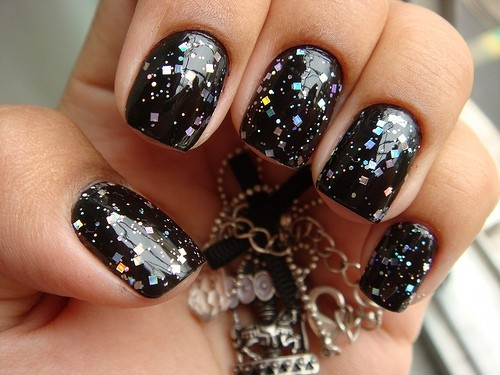 Black Glossy Nails With Glitter Nail Art Design Idea - 60 Most Beautiful Glitter Nail Art Ideas