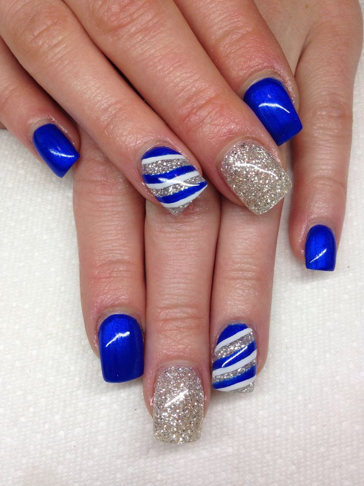 Blue And Silver Glitter Gel Stripes Design Nail Art - 52+ Most Stylish Blue Nail Art Ideas