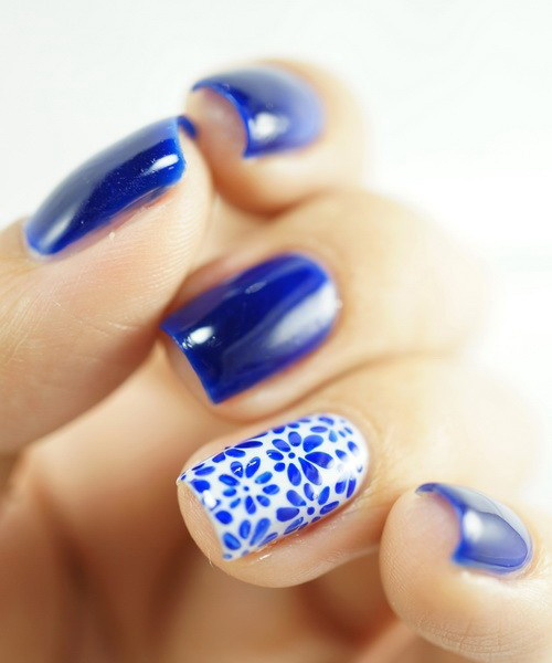 Blue Flowers Nail Art Design