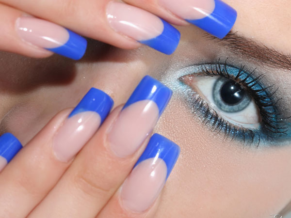 Blue French Tip Nail Art
