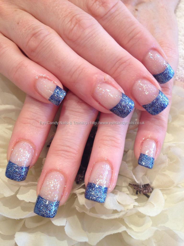 2019 year looks- Sparkly blue nails tips