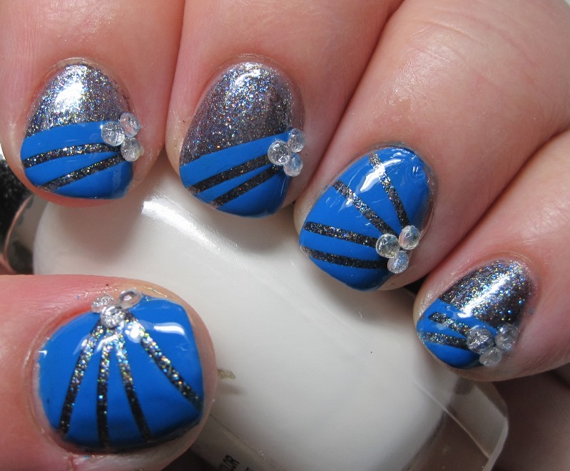 Blue Nails With Silver Fl Nail Art Pearls Design