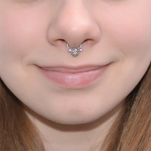 24+ Beautiful Septum Piercing Pictures For Girls