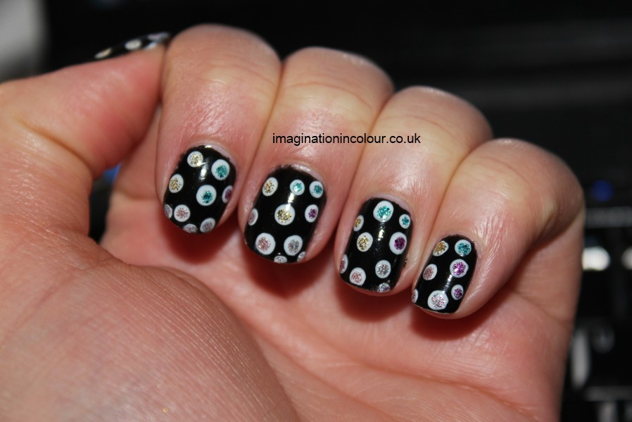 Nail Art Designs In Black And White Colour Hession Hairdressing