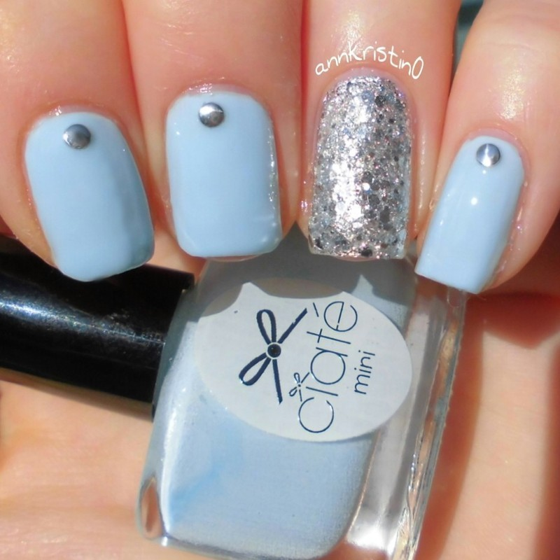 Light Blue Nails With Accent Silver Glitter Studs Design Nail Art - 82 Best Blue And Silver Nail Art Design Ideas