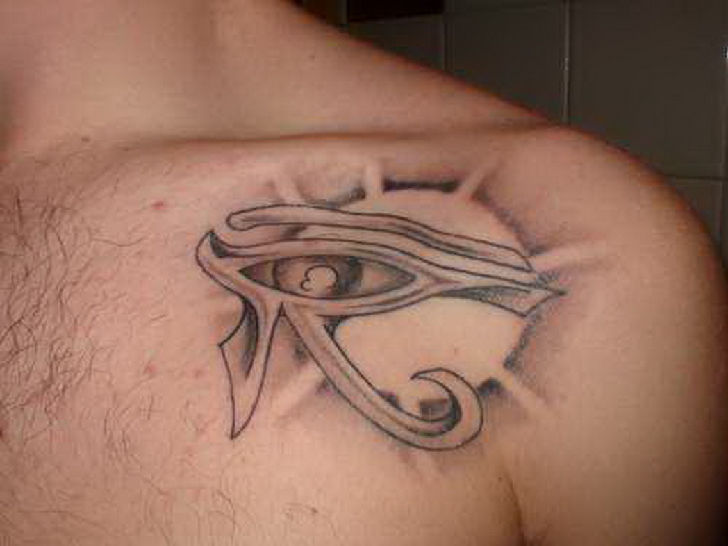 15 shoulder horus eye tattoos for Realistic sun tattoo