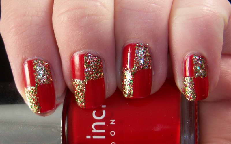Red Nails With Gold And Green Glitter Bow Design Nail Art
