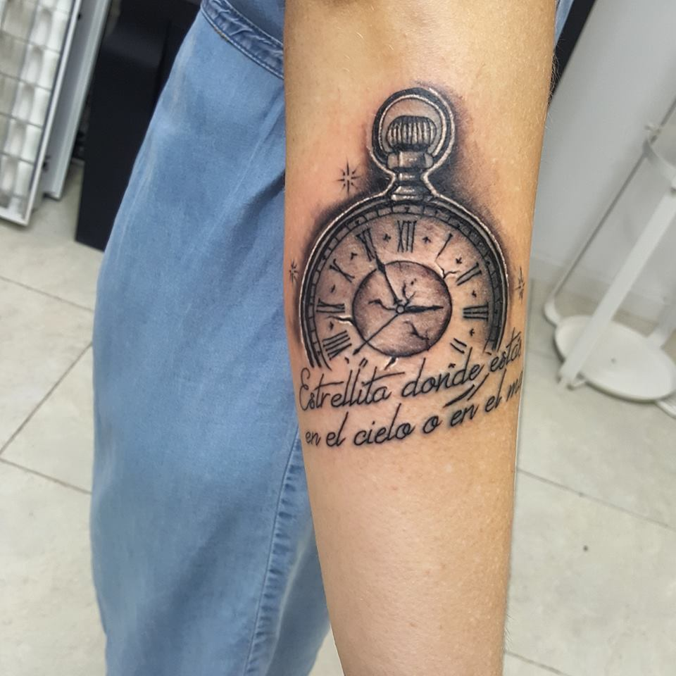 14+ Beautiful Watch Tattoo Designs