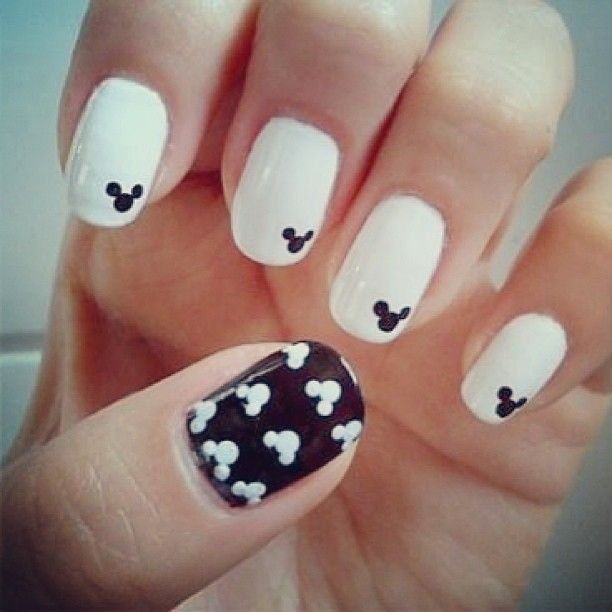 65 Best Black And White Nail Art Design Ideas For Trendy Girls