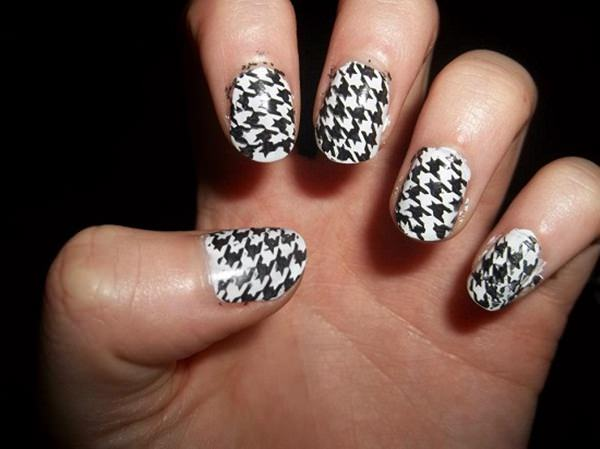 Black And White Houndstooth Nail Art Design Idea
