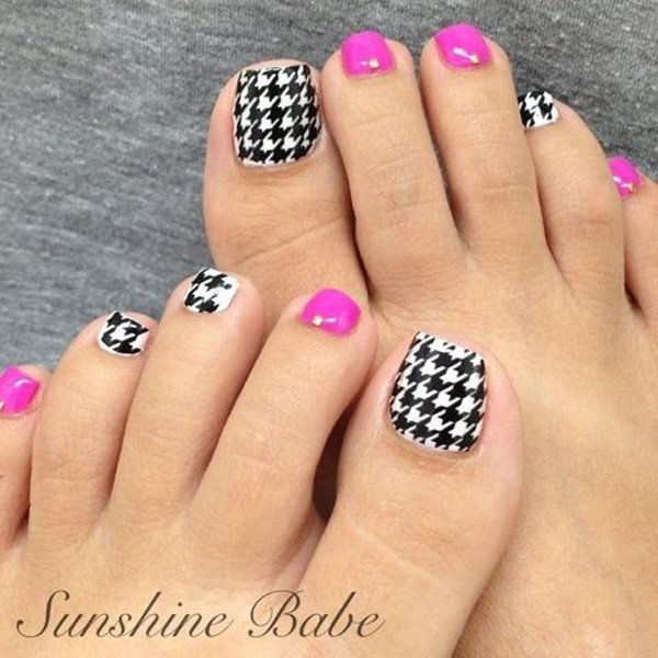 60 stylish black and white nail art designs for toe nails black and white houndstooth toe nail art prinsesfo Choice Image