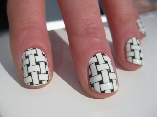 Black And White Knitting Design Nail Art - 55+ Most Amazing Black And White Nail Art Design Ideas