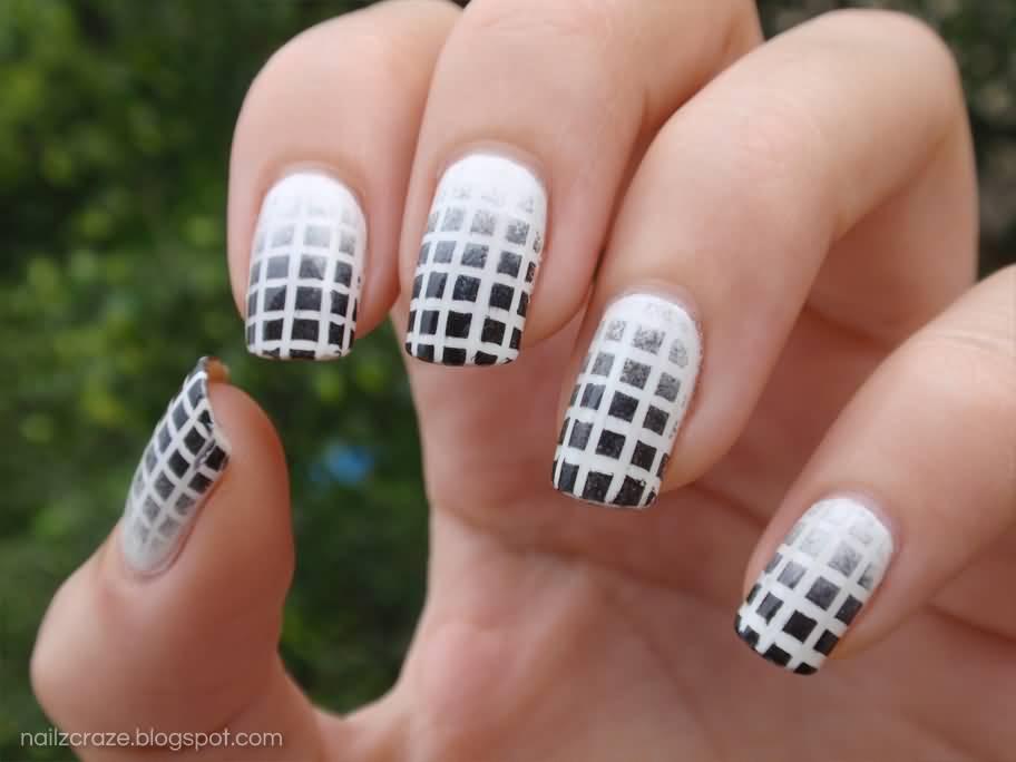 Black And White Ombre Boxes Pattern Nail Art Design Idea