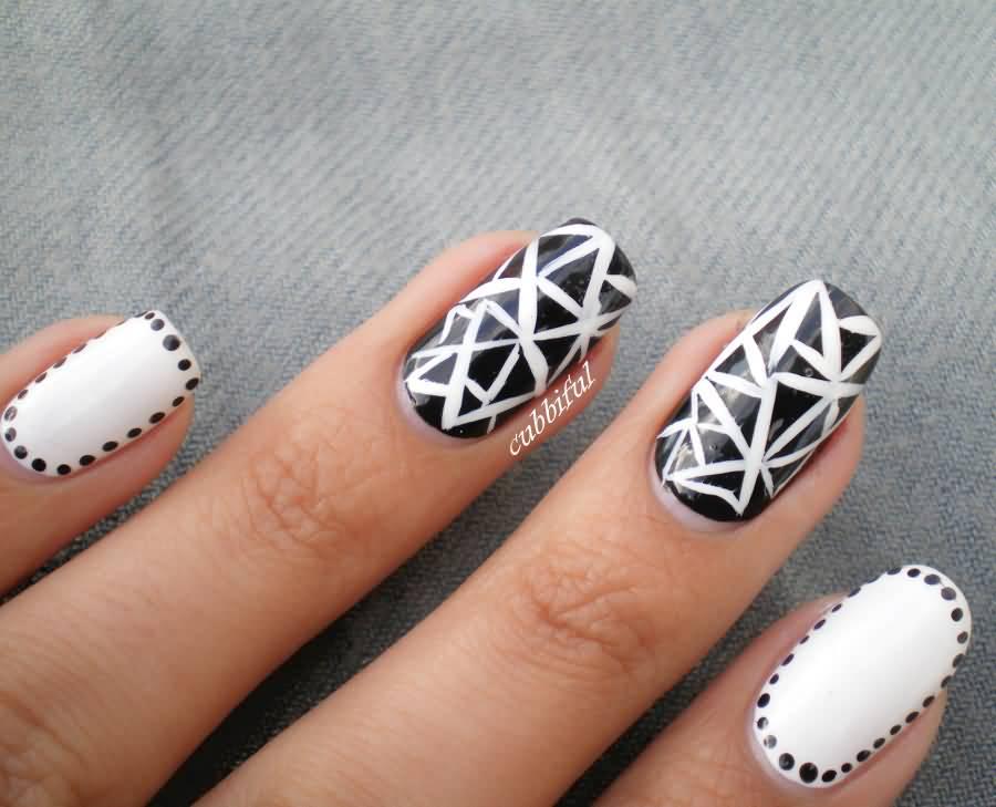 дизайн ногтей черно белые фото