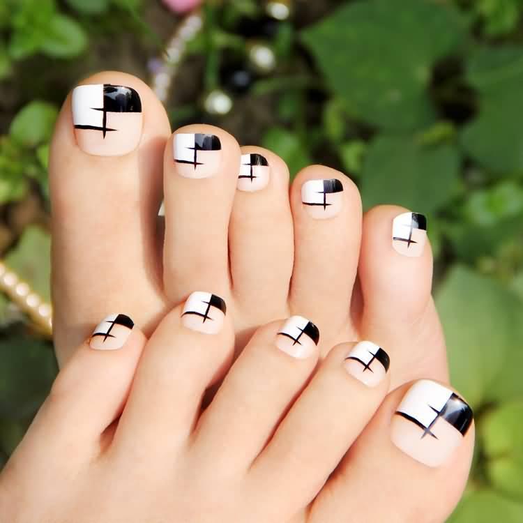 Black And White Toe Nail Art Design Idea - 55+ Most Amazing Black And White Nail Art Design Ideas