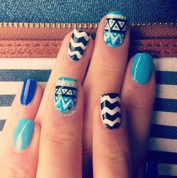 Blue And Black Pattern Nail Art